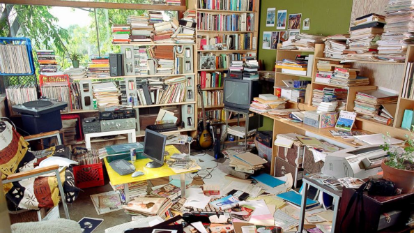 Home clutter need storage space?