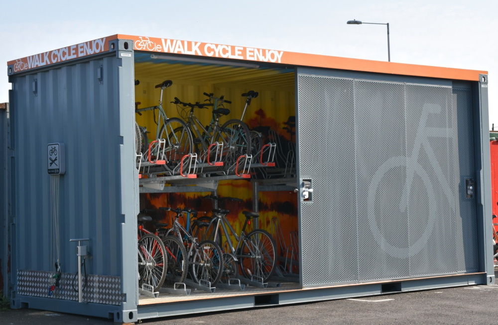 Shipping container self storage
